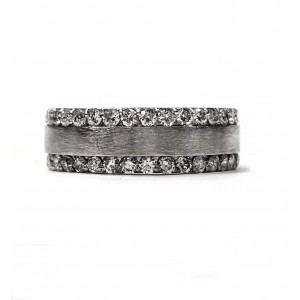Platinum diamond wedding band, 7mm wide, 1.50cts. t.w.