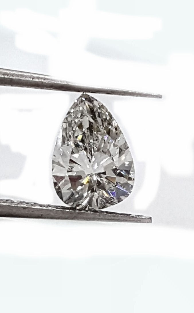 Pear Shape Diamond 90pts. F VS2 quality GIA CERTIFIED